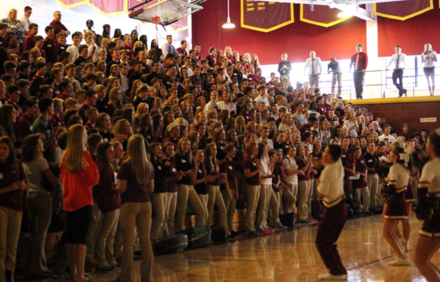 Students gather in the East Gym during the class of 2019 orientation.