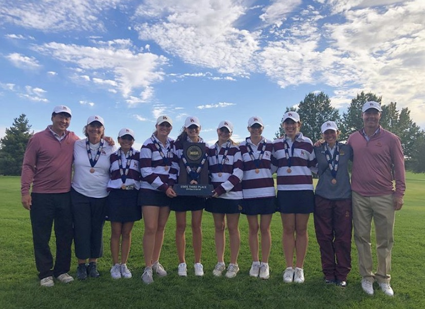 Loyola+Academy+Girls+Golf+team+at+IHSA+State+Championship.+The+ladies+placed+third.+