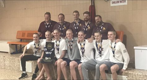 Loyola Boys Swim Team Takes Second at State