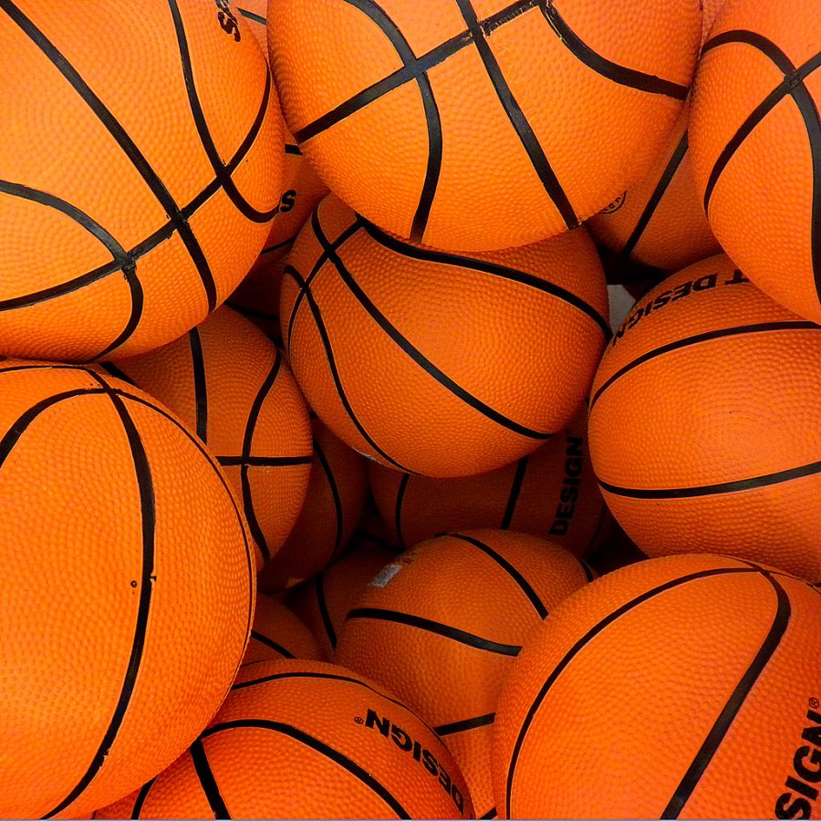 March Madness goes on despite COVID restrictions. Read on for some tips on filling out your bracket this year.